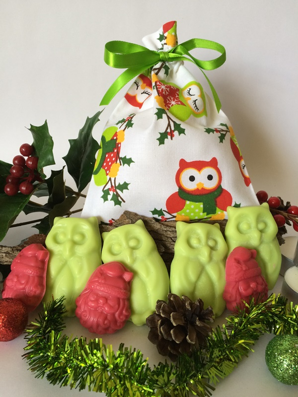 Christmas Holly Owl Melts
